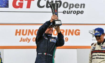 eRACE 4 CARE: dopo Porsche e Lamborghini, per Glauco Solieri è tempo di Aston Martin